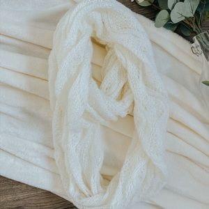 NORDSTROM WHITE LACE INFINITY SCARF